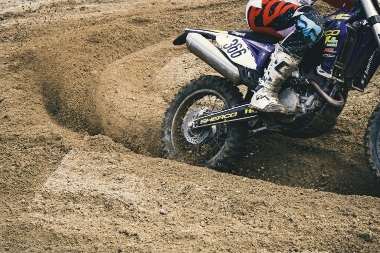 11 Best Gas Dirt Bikes & Motorcycles for Kids