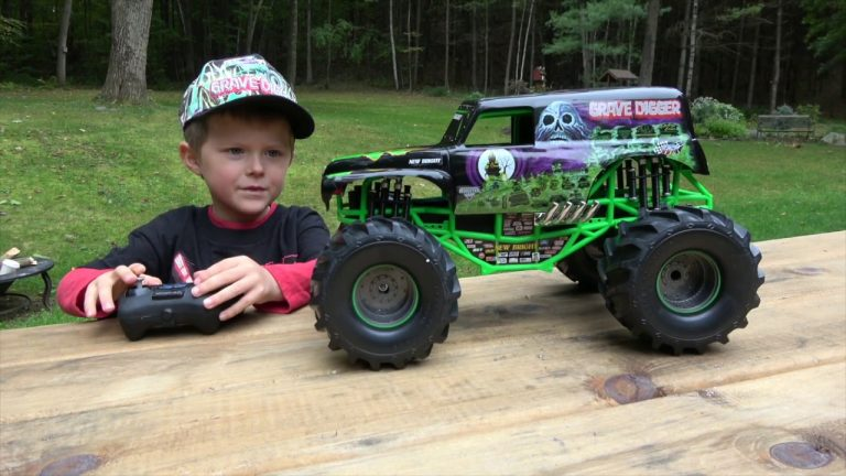 35 Best Remote Control Monster Trucks for 2020