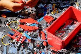 17 Best Kids Erector Sets to Build in 2021