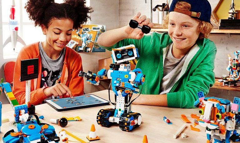 15 Best Lego Robot Kits for Kids in 2020