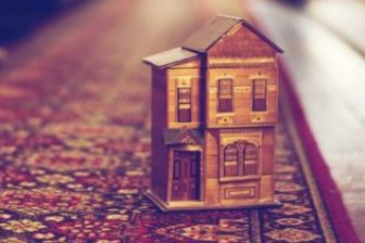 15 Best Wooden Dollhouse Kits in 2021