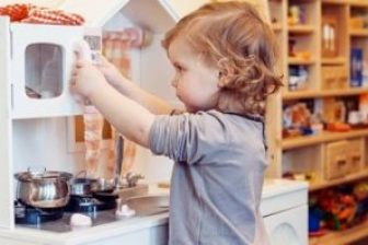 11 Best Wooden Pretend Play Kitchens for 2021
