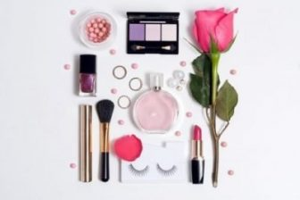 12 Best Kids Makeup Kits for Girls for 2021