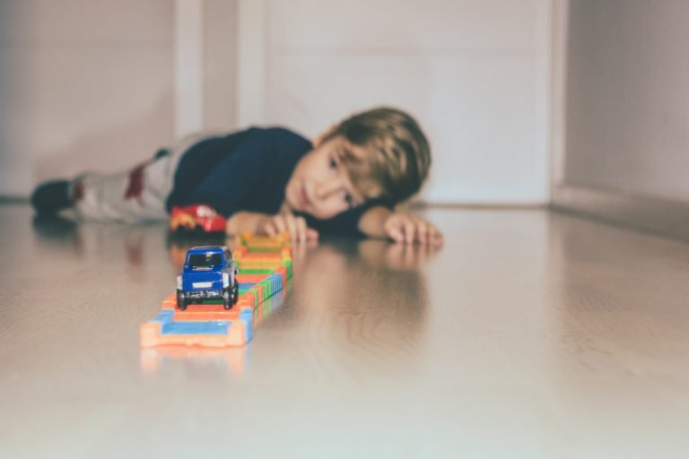 15 Best Toy Race Car Tracks for 2019