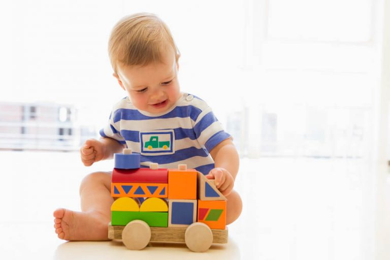 11 Best Toys for 1 Month Old Baby in 2020